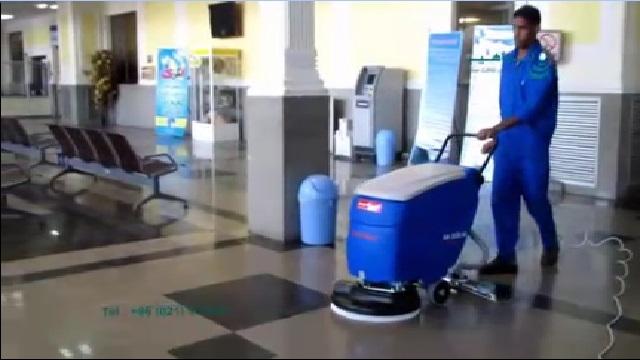 نظافت موثر و کارآمد با اسکرابر  - Effective cleaning with scrubber