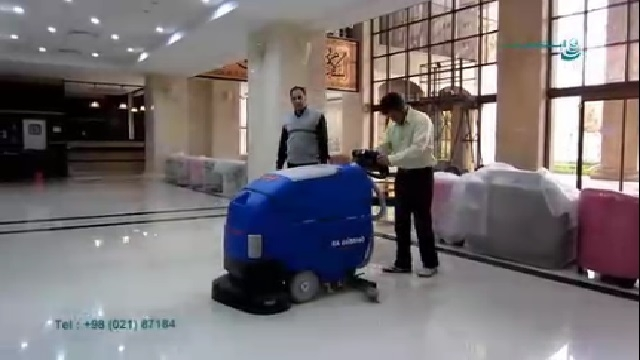شستشوی لابی هتل با اسکرابر  - Wash lobby with scrubber