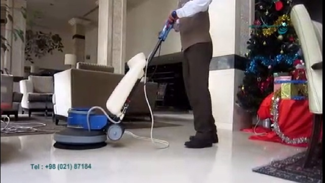 نظافت لابی هتل با پولیشر   - cleaning lobby with polishing machine