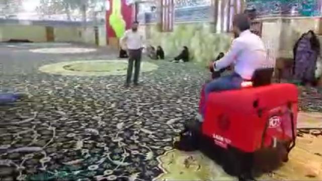 نظافت صحن حرم با سوییپر  - Cleaning shrine with sweeper