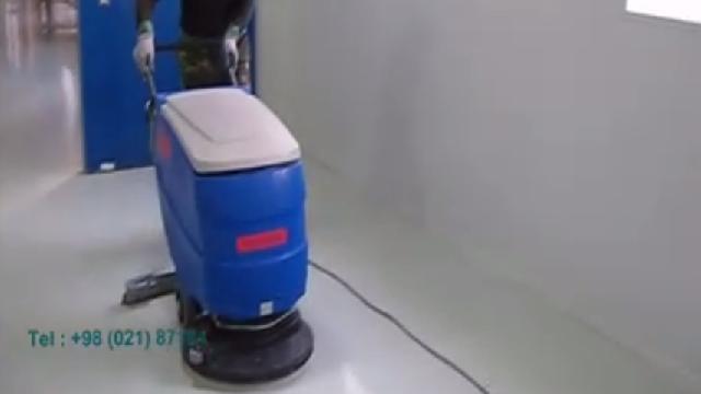 نظافت کفپوش اپوکسی با اسکرابر  - Cleaning epoxy floor with scrubber