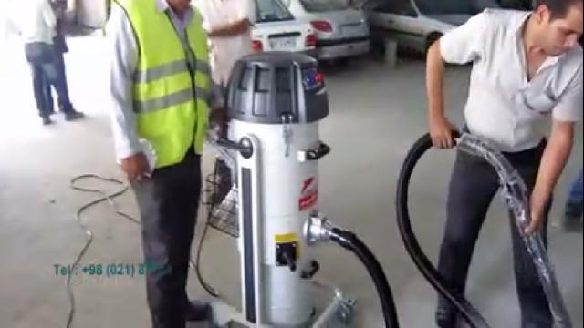 نظافت پارکینگ با جاروبرقی نیمه صنعتی  - parking cleaning with semi industrial vacuum cleaner