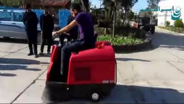 کاربرد سوییپر در نظافت فضای باز  - sweeper application in outdoor cleaning