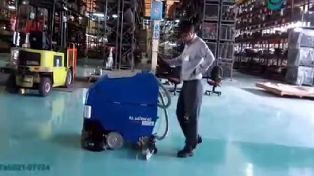 شستشوی کف انبار و سوله صنعتی با اسکرابر  - Floor cleaning barns and sheds with Scrubber