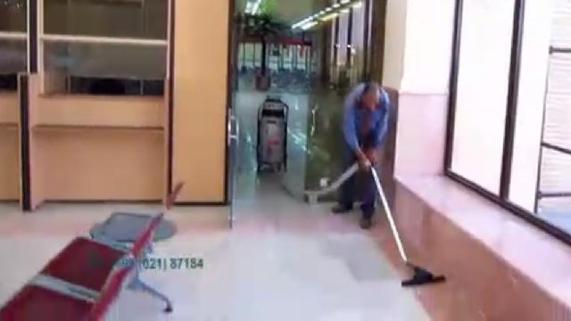 نظافت فرودگاه با جاروبرقی نیمه صنعتی  - Cleaning Airport semi-industrial vacuum cleaners