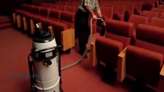 نظافت سالن سینما با جاروبرقی نیمه صنعتی  - Cleaning the theater with semi industrial vacuum cleaner