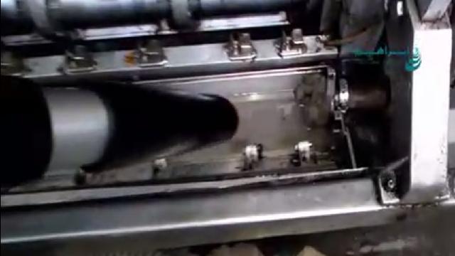 نظافت کارگاه با جاروبرقی نیمه صنعتی  - Cleaning workshop with industrial vacuum cleaner