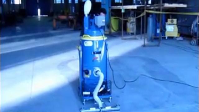 نظافت کارگاه های صنعتی با جاروبرقی صنعتی  - Workshops cleaning with industrial vacuum cleaners