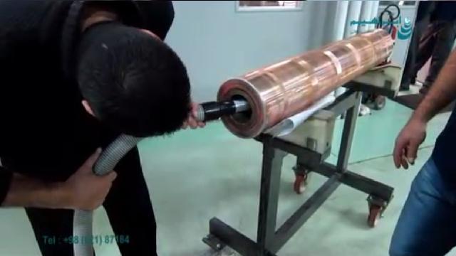 نظافت درون لوله با جاروبرقی صنعتی  - tube inside cleaning with industrial vacuum cleaner