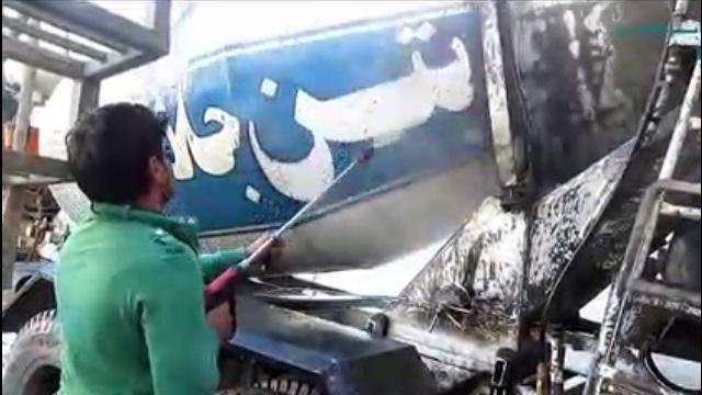 شستشوی خودرو های صنعتی با واترجت  - Washing industrial cars with high pressure washer