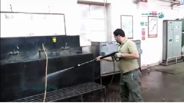 شستشوی وضو خانه با واترجت  - Washing the ablutions with high pressure washer