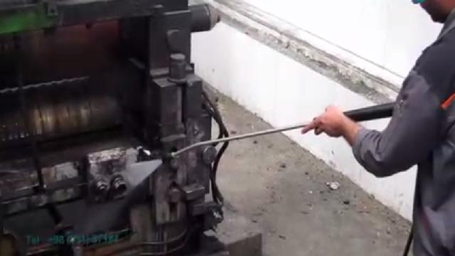 شستشوی قطعات صنعتی آلوده با واترجت  - Washing contaminated parts parts high pressure