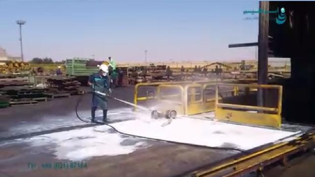شستشوی هم زمان با واترجت صنعتی و مواد شوینده  - washing with high pressure and detergent