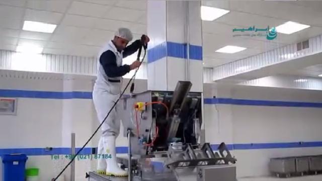 شستشوی مخازن و تاسیسات با واترجت صنعتی  - cleaning tanks and installations with high pressure washer