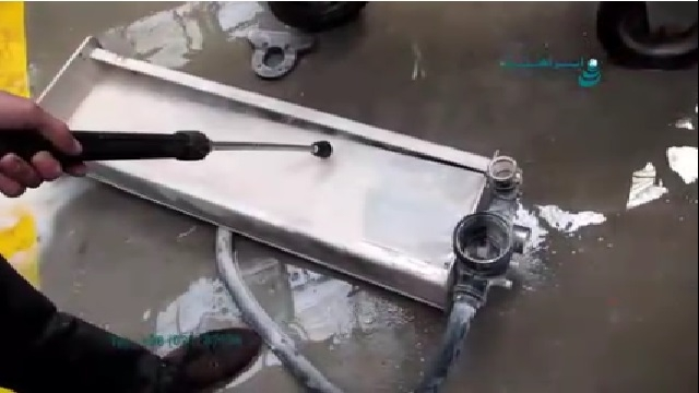 شستشوی سریع و موثر با واترجت  - Fast and effective washing with high pressure washer