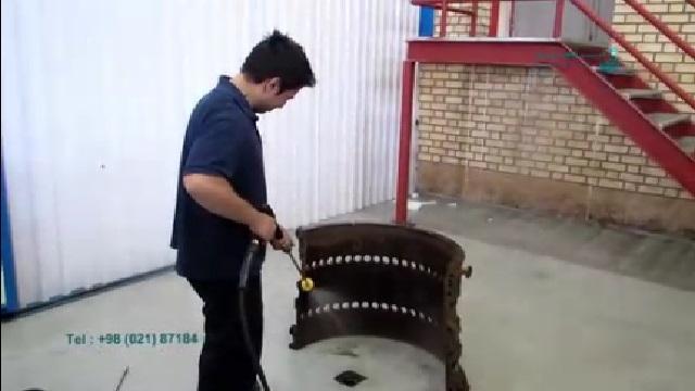 شستشوی قطعات کارخانه با واترجت  - Wash parts of the factory with a high pressure washer