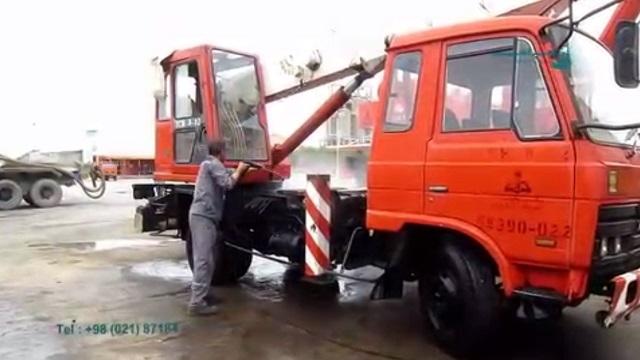 از بین بردن آلودگی های سطح ماشین آلات با واترجت صنعتی  - removing dirt from industrial machines  - pressure washer