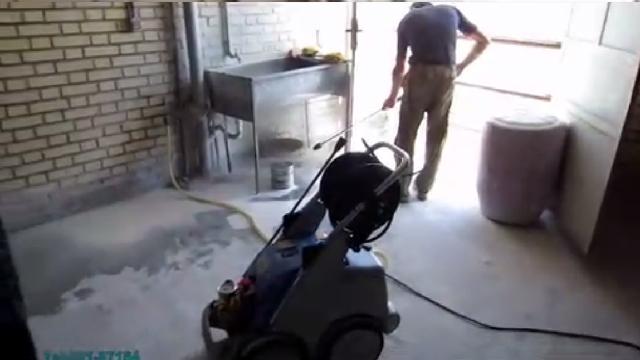 نظافت انبار چینی و سرامیک با واترجت  - Cleaning ceramic warehouse with high pressure washer