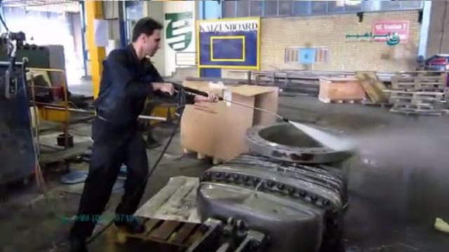 شستشوی قطعات دارای آلودگی روغنی با واترجت  - cleaning oily parts with high pressure washer