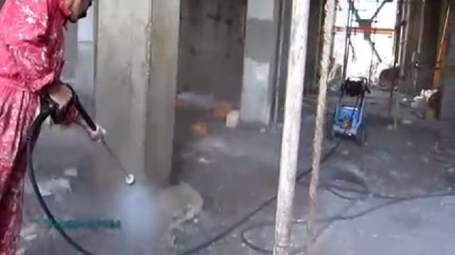 نظافت سازه های در حال ساخت با واترجت  - Cleaning structures under construction high pressure