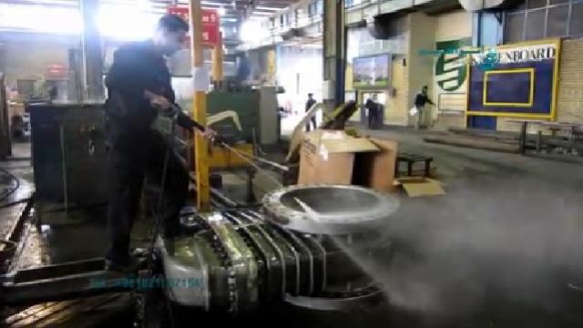 شستشوی تجهیزات صنعتی با واترجت  - cleaning the industrial  Equipment by Pressure Washer