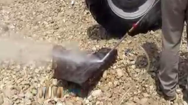 زنگ بری فلزات با سند بلاست  - Sandblast removal rust