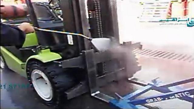 کاربرد واتر جت در شستشوی ماشین آلات صنعتی  - washing industrial machinery - high pressure washer