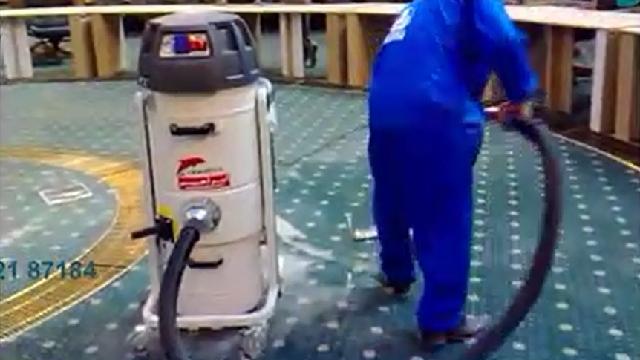 چرا با جاروبرقی صنعتی سالن همایش را نظافت کنیم؟  - Why clean the conference hall with a vacuum cleaner?