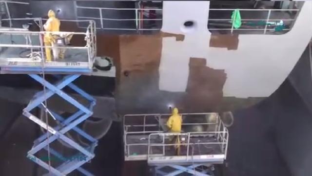 رنگ بری بدنه کشتی با واترجت فوق فشار قوی  - renovation ships with ultra high pressure washer