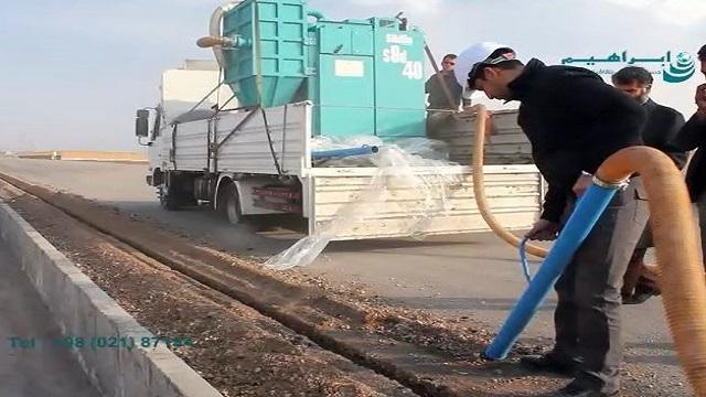 استفاده از مکنده صنعتی جهت جمع آوری و انتقال مواد  - Use of industrial vacuum cleaner to collect and transport materials