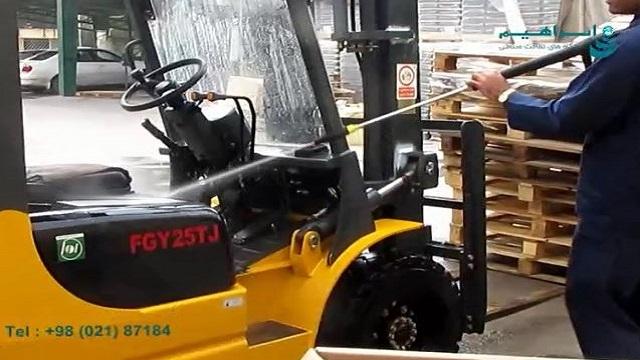 شستشوی ماشین آلات کارخانه با دستگاه واترجت صنعتی  - Washing machines with industrial waterjet