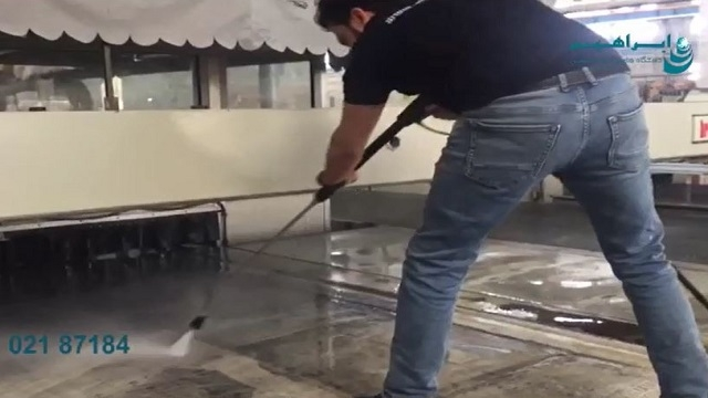 شستشوی نوار نقاله با واترجت صنعتی  - Wash conveyor with industrial waterjet