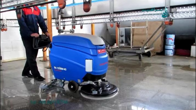 اسکرابر صنعتی مناسب برای شستشوی کف در صنایع غذایی  - scrubber dryer - food industry