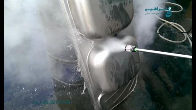 شستشوی سطوح آلوده به چربی و روغن با واترجت صنعتی  - pressure washer - oil removing