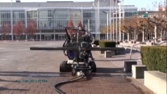 شستشوی زمین با ربات شنی دار واترجت  - Wash the floor with high pressure washer crawl rob