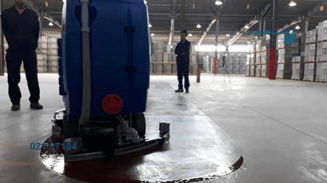 کفشوی صنعتی و نظافت انبار  - Industrial scrubber and warehouse cleaning