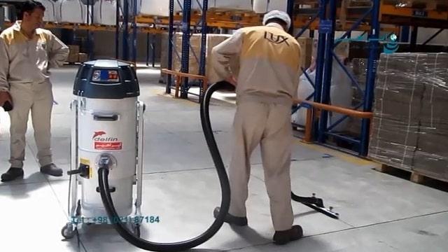 جمع آوری آلودگی های صنعتی با جاروبرقی صنعتی  -  Collecting industrial pollution with industrial vacuum cleaners