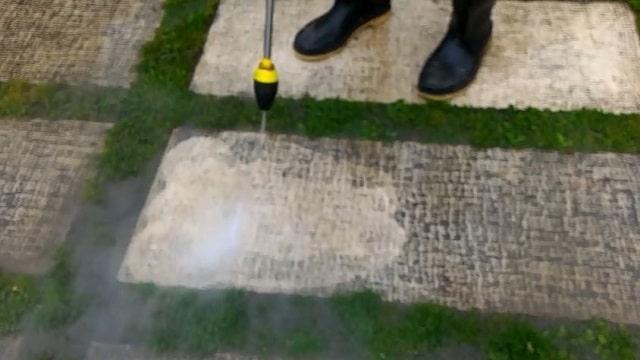 شستشو کفپوش بتنی با واترجت صنعتی  - washing concrete floor with industrial pressure washer