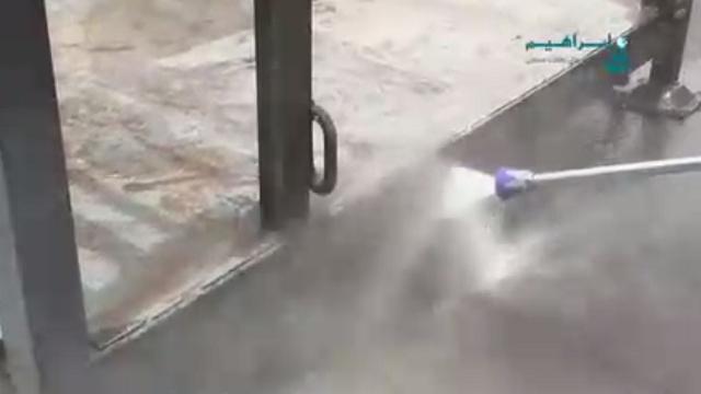 جرم زدایی و زنگ بری توسط واترجت صنعتی  - Decriminalization and rust removing with waterjet