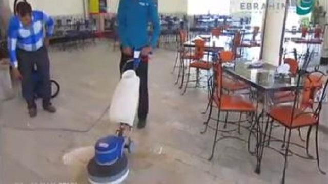 کفسابی رستوران و شستشوی آلودگی های روغنی  - polisher cleaning washing oil pollution