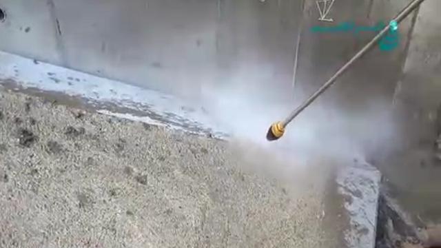 رسوب زدایی با واترجت  - Descaling with water jet