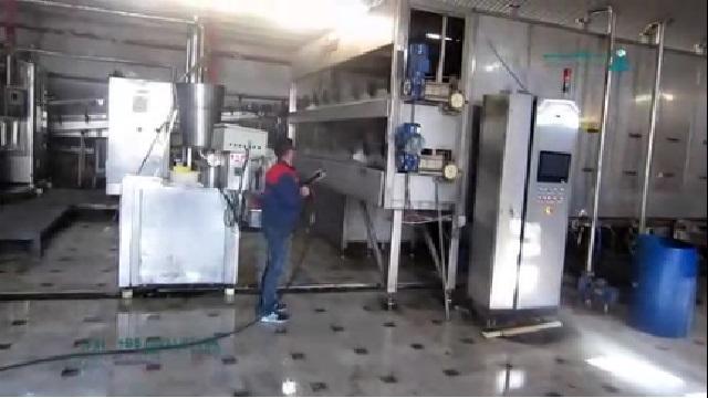 نظافت ماشین آلات صنعتی با واترجت  - Cleaning Equipment with Pressure Washer