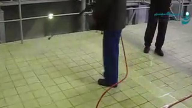 جرم زدایی از سطوح کف در کارخانه های صنعتی با واترجت  - Decontamination surfaces in industrial plants with pressure washer