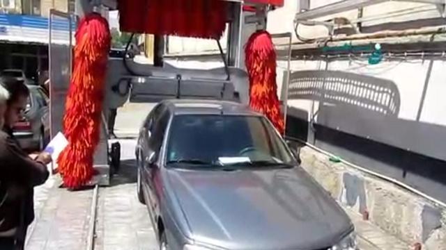 مراحل برس زنی و خشک کردن کامل خودرو در کارواش اتوماتیک  - Brushing and drying process in full automatic carwash