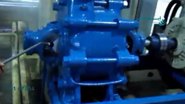 شستشوی قطعات دستگاه های صنعتی با کارواش دستی  - Wash industrial parts with waterjet