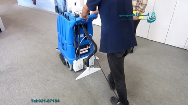 موکت شوی مراکز اداری  -  using carpet cleaner for offices