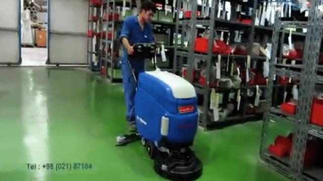 شستشوی کفپوش اپوکسی انبار با اسکرابر  - Epoxy wash with scrubber