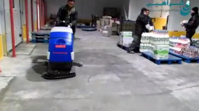 سهولت در شستشوی سطوح انبار مواد غذایی با اسکرابر  - Ease of washing food warehouse with scrubber