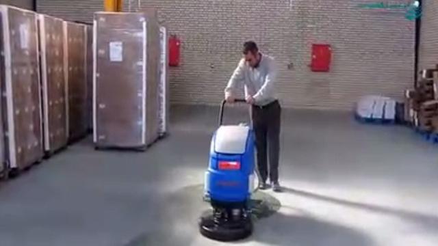 شستشوی موثر انبار و سوله با اسکرابر دستی  - Effective washing of the warehouse and niches with scrubber