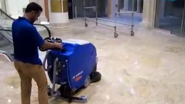 نظافت و آماده سازی مجتمع تازه ساز با اسکرابر  - Cleaning and preparing a new complex with scrubber